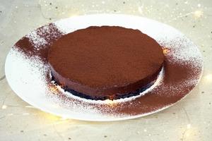 【蛋糕食譜】一次成功!3步零失敗新手免焗甜品食譜  免焗三重朱古力慕絲蛋糕