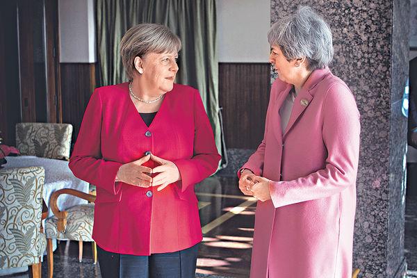 文翠珊軟化 允議員投票延脫歐