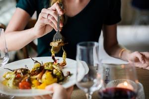 【口感層次英文】好食英文可以點講?形容口感、味道!食物形容詞的35個實用英語