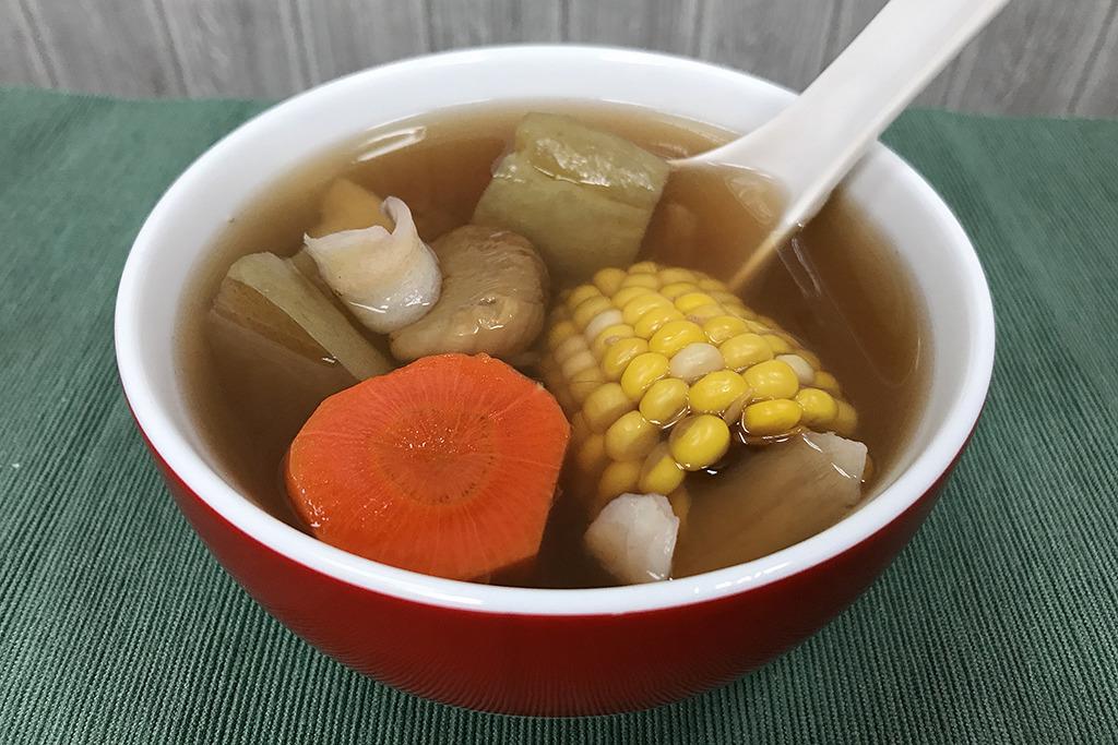 【滋潤湯水】一年四季都啱飲!4款滋潤素湯推介 紅蘿蔔老黃瓜湯/合掌瓜紅蘿蔔素湯/蓮藕栗子素湯