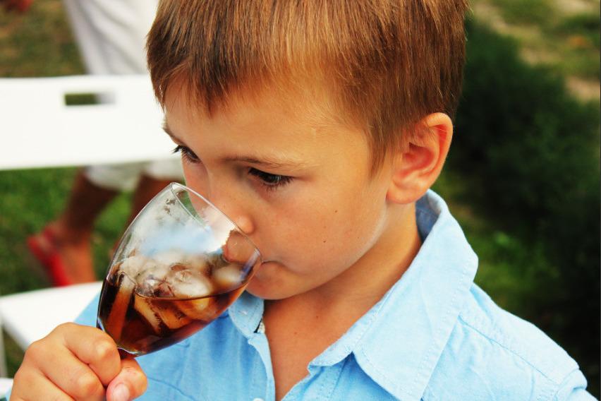 【珍珠奶茶】攝取過多含糖飲品可致心臟血、糖尿病或中風 哈佛研究:飲得愈多愈早死