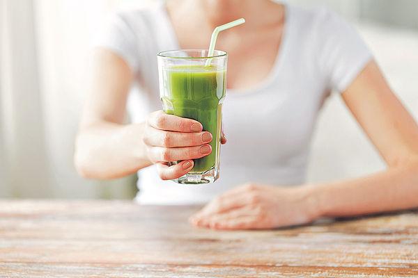 3周只飲水及果汁 減肥女子腦受損