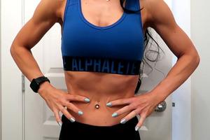 【懶人減肥】歐美大熱零節食瘦腰大法 每日1分鐘1個簡單動作減走肚腩