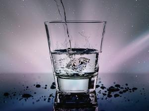 【喝水】每天要喝8杯水?咖啡奶茶也是水?一文睇清每日飲水量