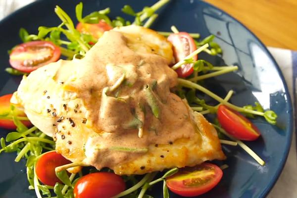 【減肥食譜】一次學識兩款雞胸減肥餐 乳酪紅椒雞排/牛奶咖哩雞排