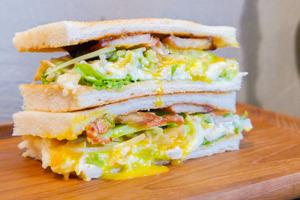 【油麻地美食】油麻地新開港式早餐店 即叫即製熱辣辣三文治