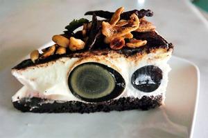 【馬來西亞美食2019】意想不到的趣怪配搭! 馬來西亞檳城皮蛋芝士蛋糕
