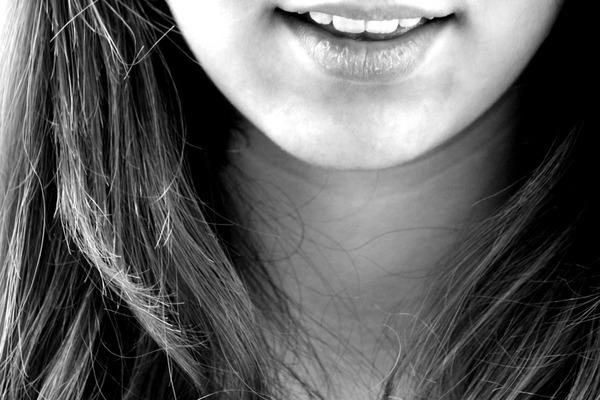 【懶人減肥】日本大熱瘦面大法 每日30秒減走頑強雙下巴