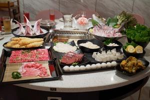 【香港美滋鍋】新加坡人氣美顏火鍋店登陸旺角!6,000呎粉紅色裝潢+養顏美容鍋
