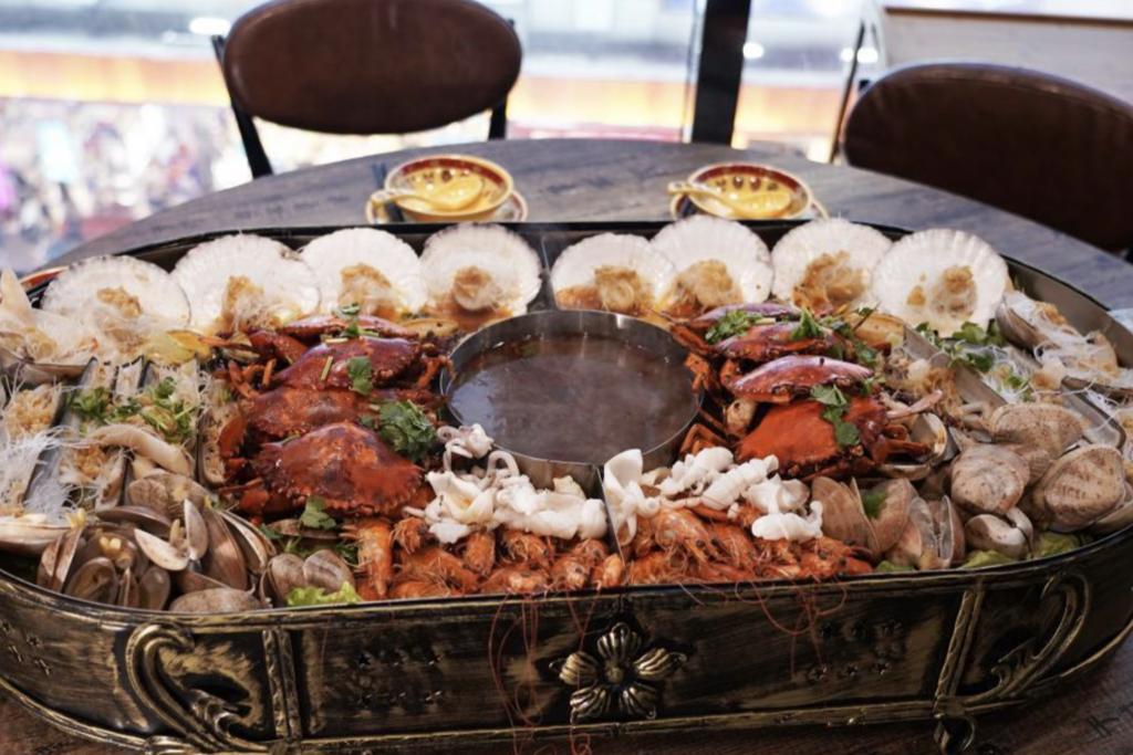 【旺角美食】旺角新開激長100cm麻辣海鮮鍋 最平$159就食到鮑魚/蟹/貴妃蚌/蜆