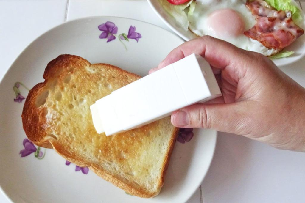 【懶人必備】日本懶人恩物「漿糊筆版」牛油筆港紙$15就買到! 唔駛洗餐刀方便直接搽麵包