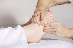【腳抽筋】半夜腳抽筋影響睡眠質素 4大必補營養素預防抽搐