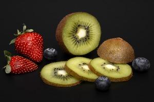 【健康減肥】日本大熱奇異果加水減肥法 選對時間喝可以極速瘦身!