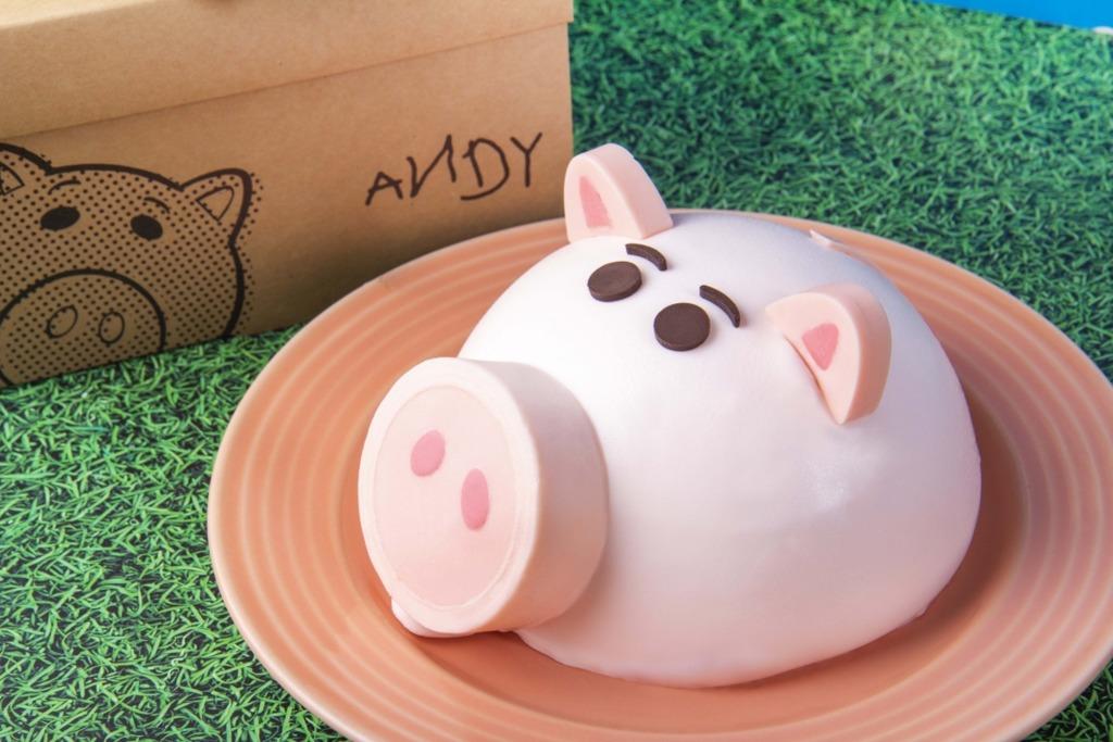 【台灣甜品2019】台灣蛋糕店期間限定Toy Story甜品 士多啤梨味反斗奇兵火腿豬蛋糕