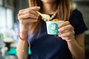 【麥當勞香港】戶戶送旺角一日限定快閃店 麥當勞x Lab Made推出4款創新口味雪糕:脆香雞翼/將軍漢堡