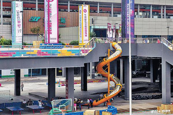 輕鐵站出口10米滑梯直達地面 網民熱議