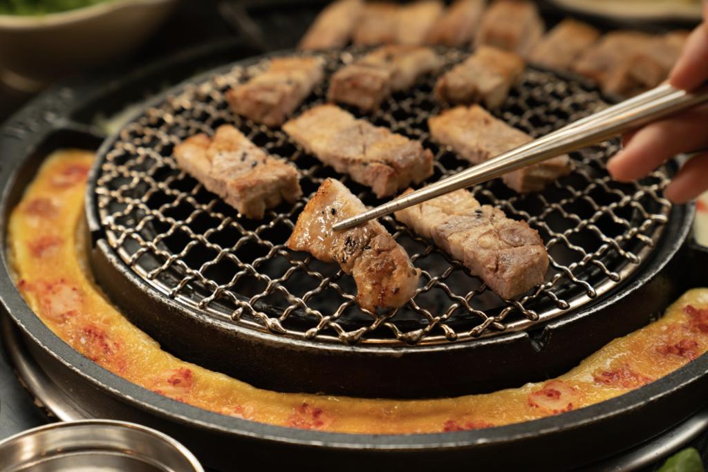 【燒肉放題】新麻蒲BBQ開業5週年優惠  逢星期三$128任食五花肉