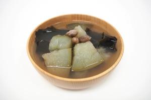 【夏天湯水】夏日消暑清熱減肥湯水  冬瓜海帶薏米素湯食譜
