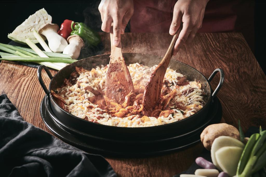 【沙田美食】沙田柳氏家開業2週年優惠  $99任食鐵板炒雞和鐵板烤肉