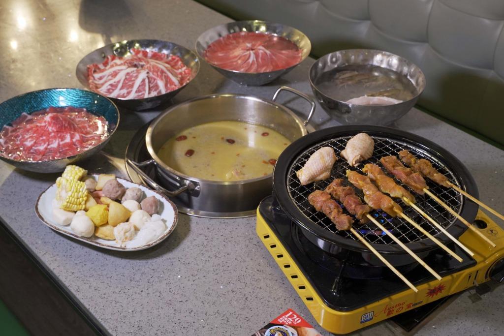 【元朗美食】元朗船長餐廳高CP值火鍋+爐端燒任食放題  牛頸脊肉/牛小排/鮑魚/生蠔/串燒