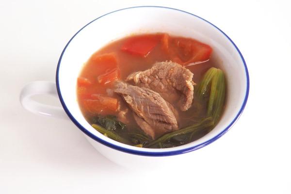 【貧血食譜】營養師推介補鐵食物改善貧血 牛肉菠菜蕃茄湯