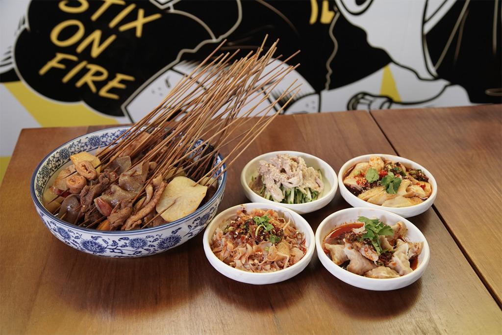 旺角正宗四川餐廳「爆汗串串」抵食放題 $128任食40款麻辣串/麵食/冰粉