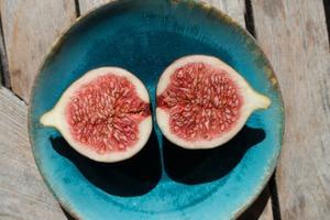 【無花果營養】無花果味道像水蜜桃般甜!消除疲勞/清腸胃!無花果營養價值+食用注意事項