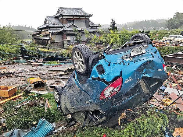 14條河氾濫 多縣市成澤國 強颱襲日釀26死18失蹤
