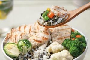 韓國人氣即食雞胸肉Rankingdak新推出  健康午餐盒以及健康輕盈杯