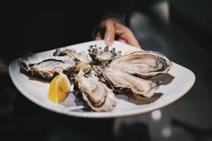 【自助餐優惠】香港九龍諾富特酒店全新推出「蝦貝蠔 • 海鮮自助晚餐」 預先訂坐享6折優惠低至$288
