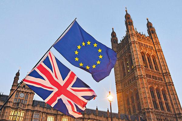不確定性增加 鎊滙或回落 英國脫歐進程左右後市