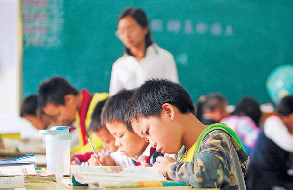深圳逾$31萬年薪聘教師 20港高校畢業生入圍
