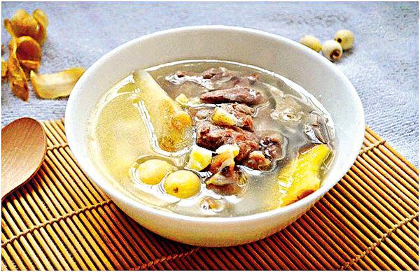 滋養秋燥煲淮山螺頭 蓮子百合豬骨湯