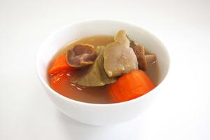【新冠肺炎】轉季滋潤湯水!解燥養胃止咳防感冒  合掌瓜栗子湯食譜
