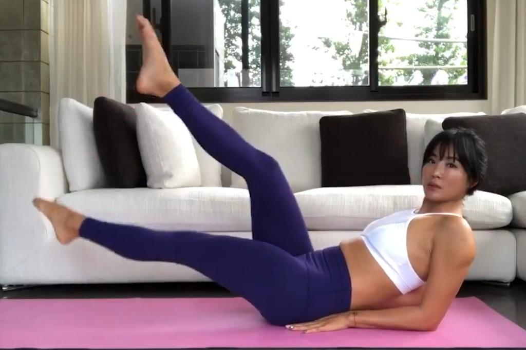 5分鐘簡單居家腹肌運動