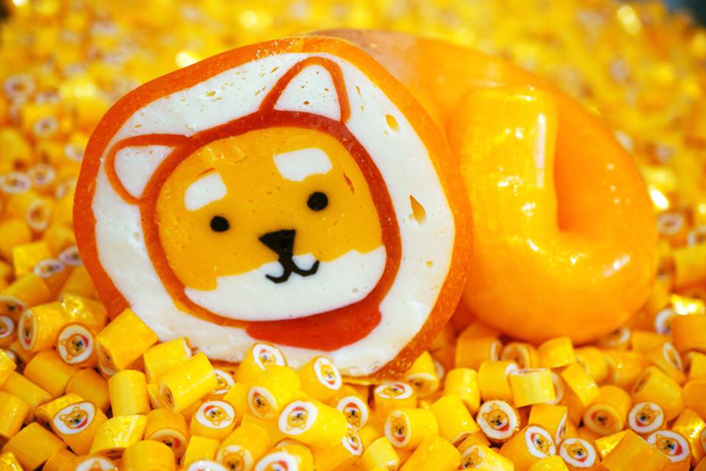 【手工糖訂做】手工糖果製作過程全公開! 巨型糖拉出迷你可愛秋田犬