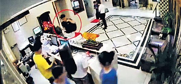 深圳公安公開片段 鄭文傑受審稱感丟臉羞愧