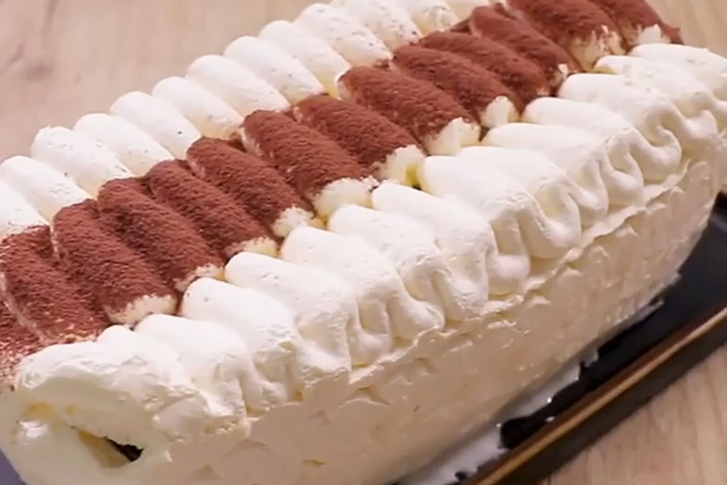 【Viennetta 雲呢拿雪糕批】自家製Viennetta千層雪糕蛋糕 神還原童年回憶味道