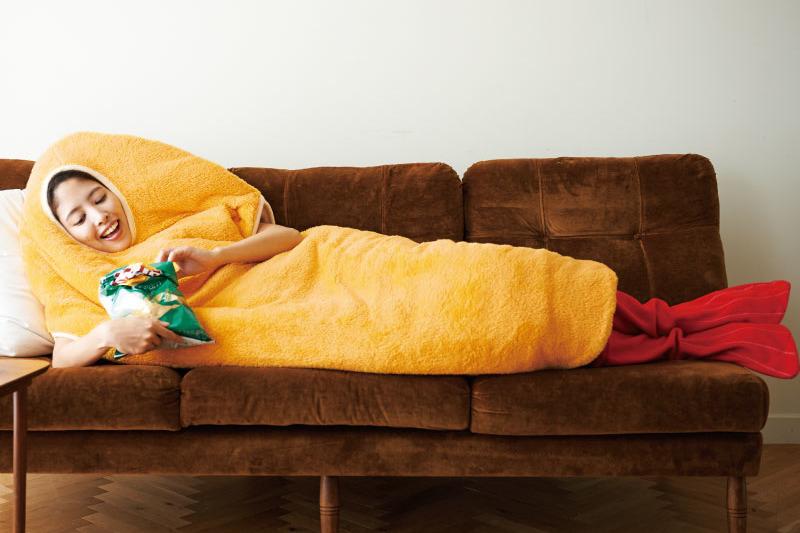 【日本雜貨】怕凍朋友適用!由頭包到落腳暖笠笠  超搞笑懶人炸蝦睡袋