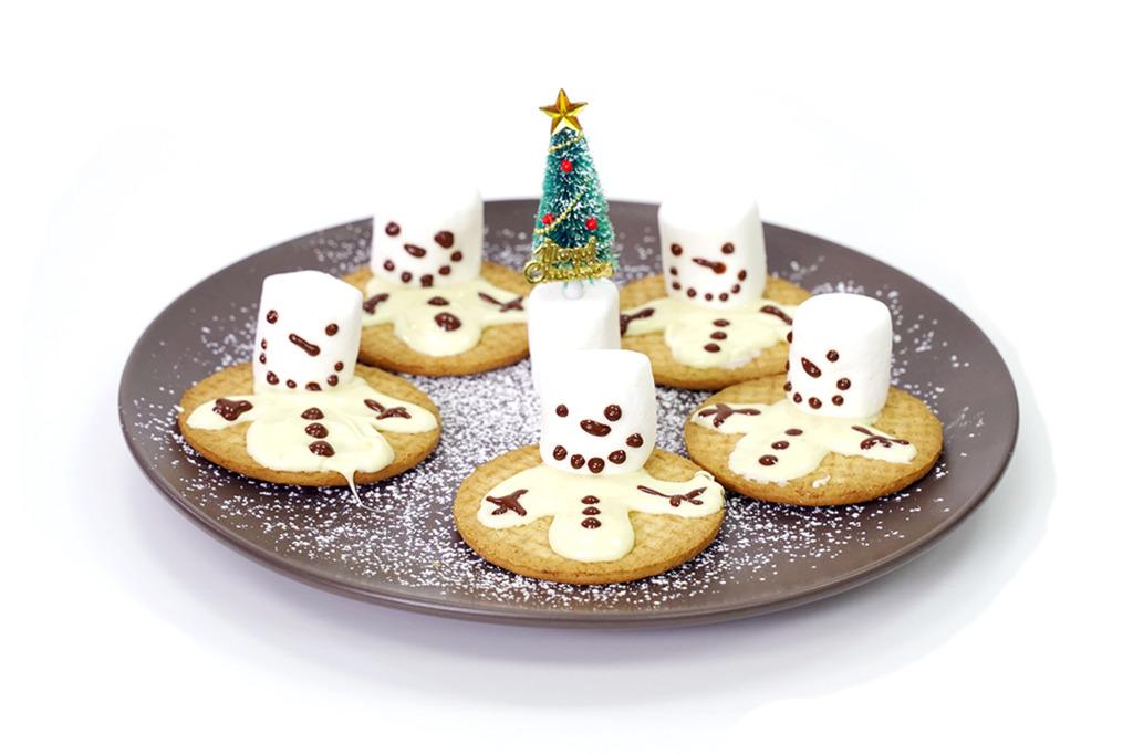 【聖誕食譜】零失敗聖誕派對親子食譜  得意半溶雪人棉花糖