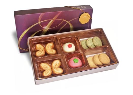 品味精選禮盒 $228 原味蝴蝶酥、 椰絲及豆沙唐果子、 椰絲及紫菜皇玥酥