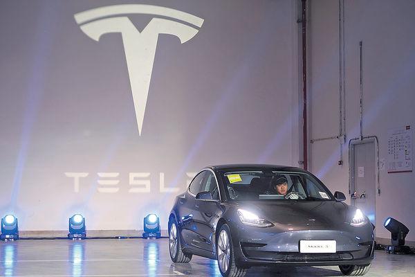 Tesla新專利 調整成分延電池壽命