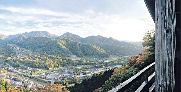 日本東北靈氣遊 挑戰1,015級樓梯 俯瞰山形市