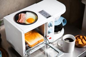 【早餐機 推薦】日本三合一懶人早餐神器同步煎蛋+烘多士+煮咖啡 一次過滿足你3個願望!