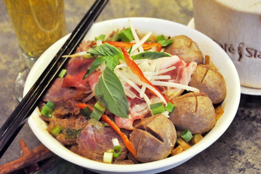 【中環/西環美食】泰國菜Cafe Siam推出1個月優惠 甜品3折/午餐買3送1/盆菜船麵