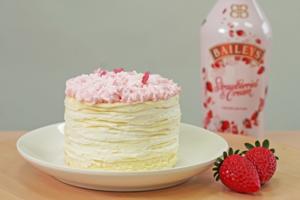 【千層蛋糕 香港】Shaz Confections千層蛋糕店期間限定新口味 白朱古力士多啤梨Baileys千層蛋糕