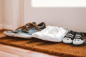 【消毒方法】出街回家後怎樣消毒?專家教你6步正確消毒步驟/脫鞋脫口罩脫外衣也要注意!