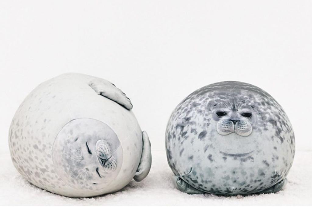 【日本精品】日本可愛超治癒系動物攬枕 肥嘟嘟圓海豹/水獺/熊貓