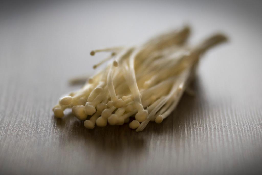 【金菇營養】金菇10大食用好處和營養價值 改善手腳冰冷/補腦/助減肥