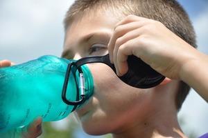 【BPA/BPS】膠樽標明「BPA-free」不一定安全 BPA替代品BPS或致早熟/影響心臟